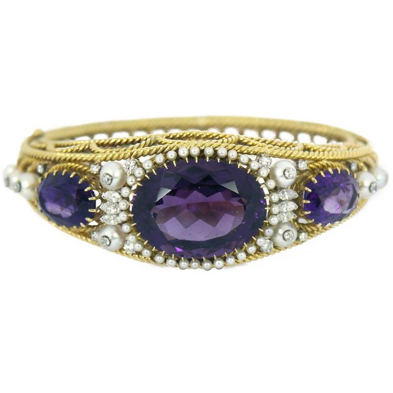 Beautiful Pearl Amethyst Diamond Bracelet