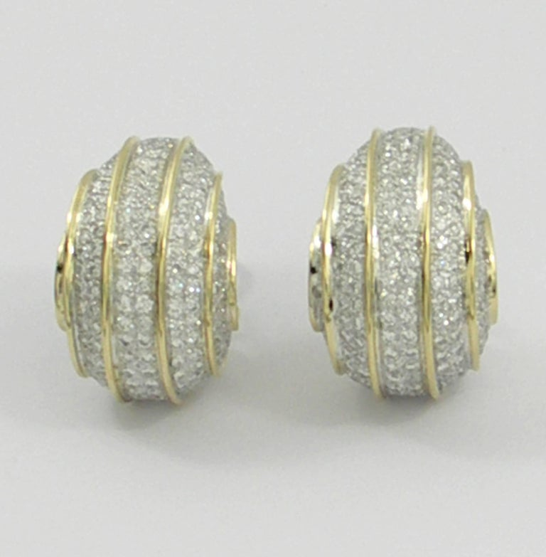 Bombe Gold and Diamond Earrings In Excellent Condition For Sale In Blue Ridge, GA