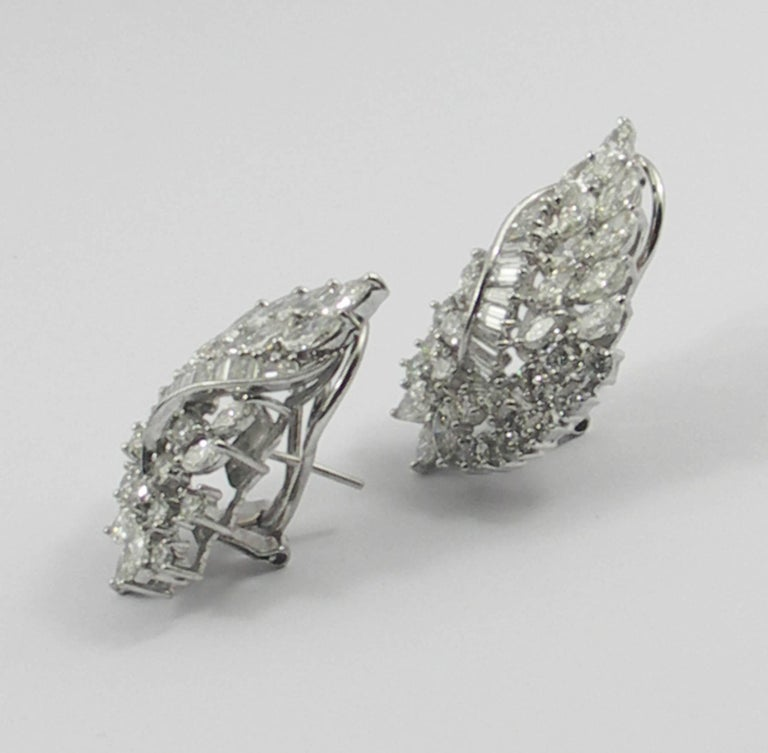 Diamond and White Gold Cocktail Earrings In Excellent Condition For Sale In Blue Ridge, GA