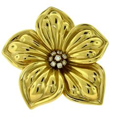 Van Cleef & Arpels Large Yellow Gold Magnolia Brooch with Diamonds