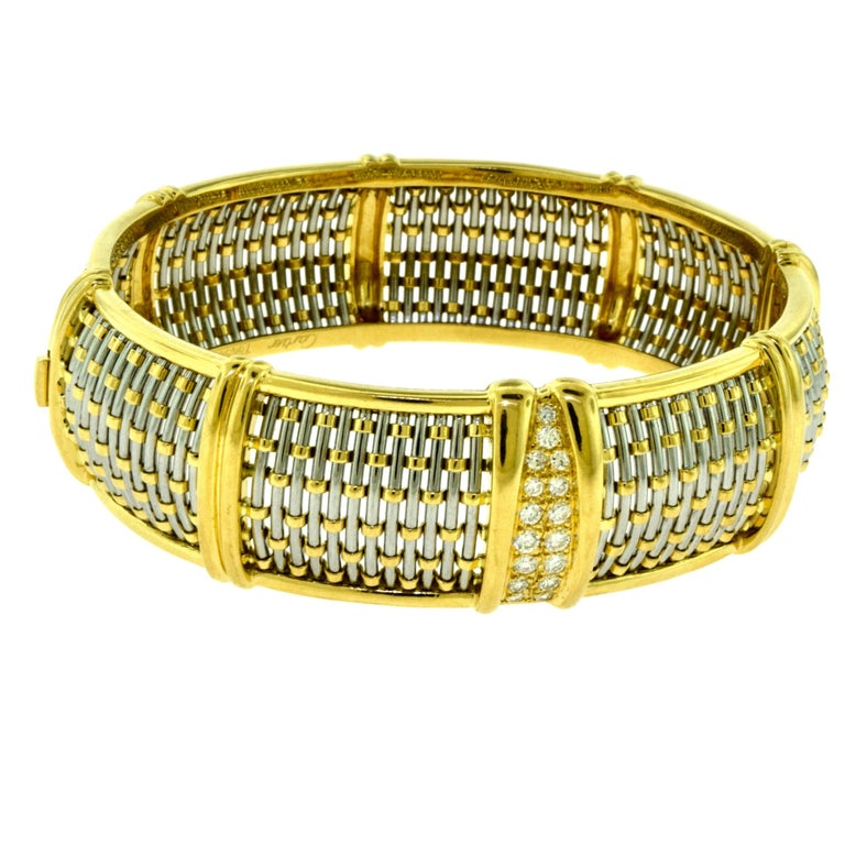 Cartier Yellow Gold and Steel Basket Weave Bangle with Diamonds In Excellent Condition For Sale In Miami, FL