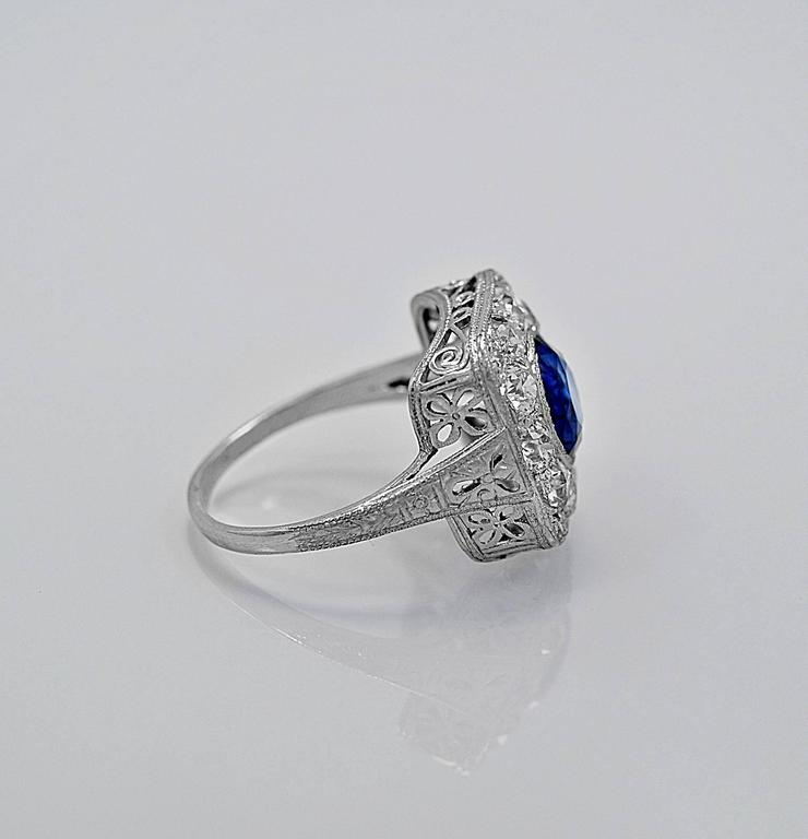 Antique 2.50 Carat Natural Sapphire Diamond Platinum Engagement Ring 2