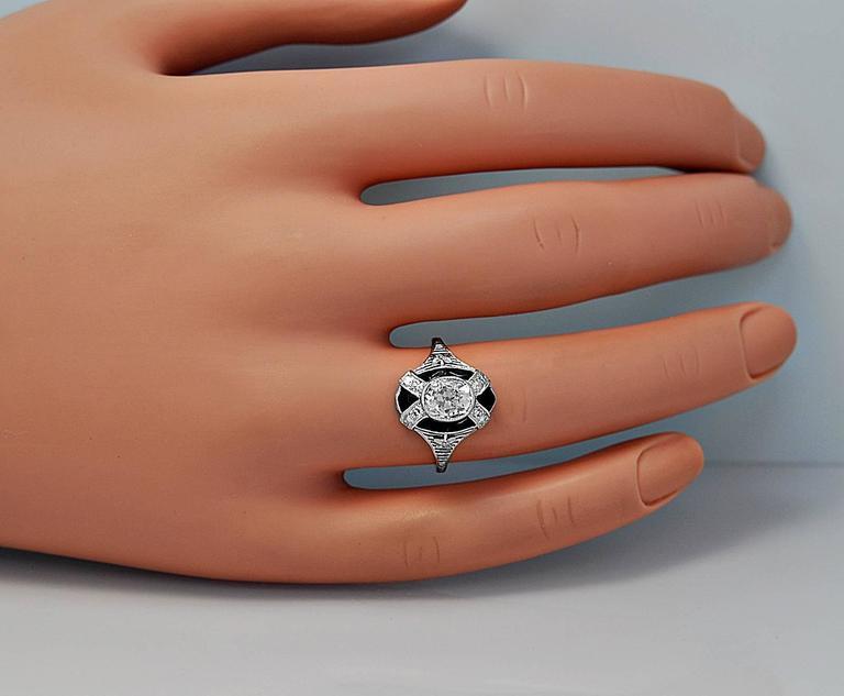 Women's Art Deco 1.10 Carat Diamond Onyx Platinum Engagement Ring For Sale