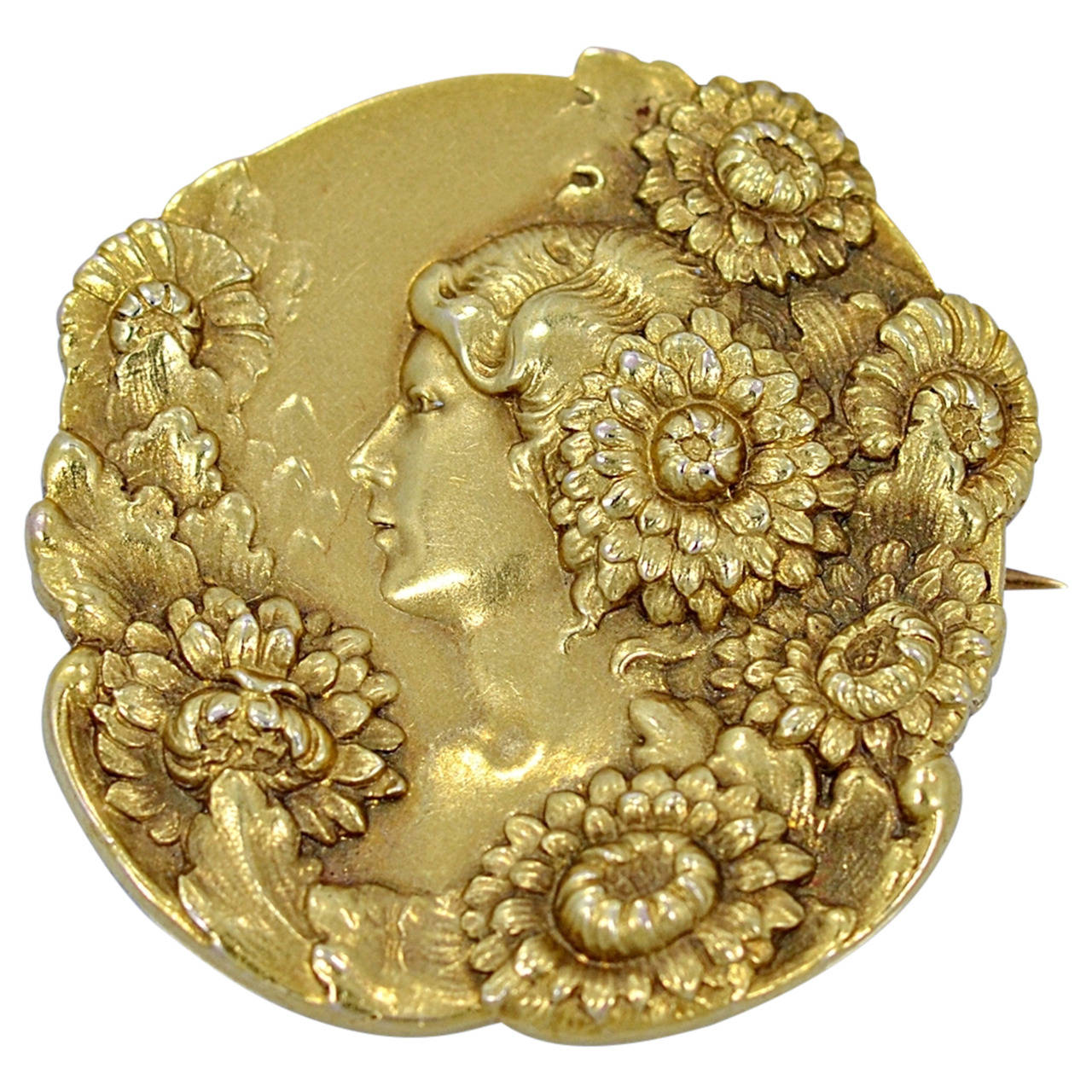 Art Nouveau Profile Of Lady With Flowers Gold Brooch/Pin