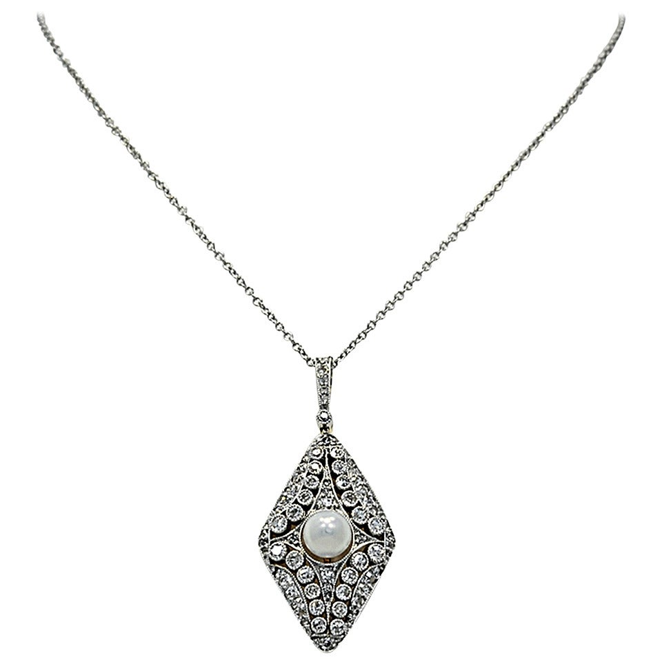 Stunning Edwardian Pearl Diamond Gold Platinum Necklace For Sale