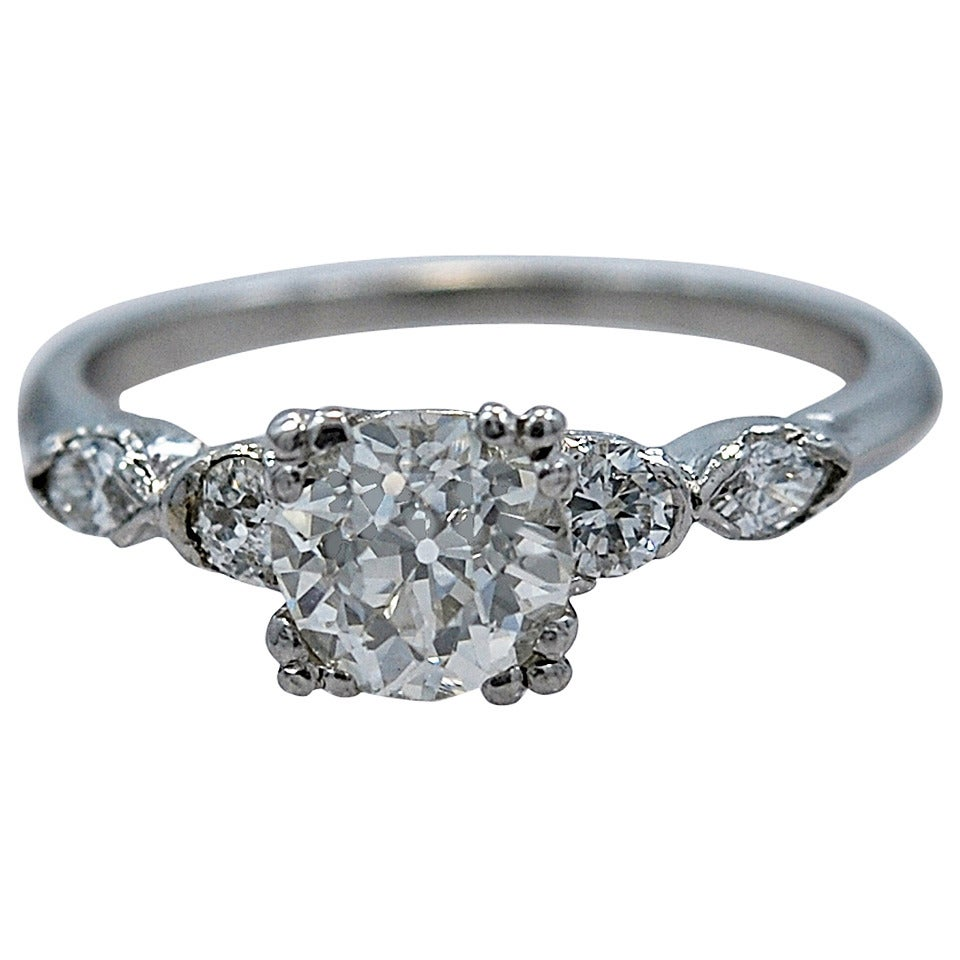Sizzling Art Deco 1.05 Carat Diamond Platinum Engagement Ring