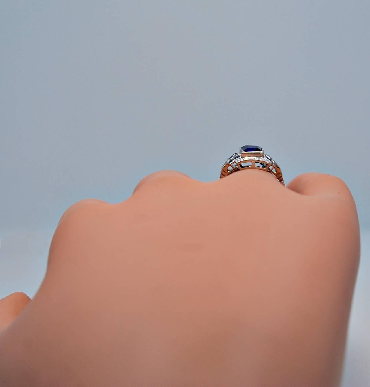 Art Deco Elegant 1.10 Carat Natural Sapphire Diamond Engagement Ring 7