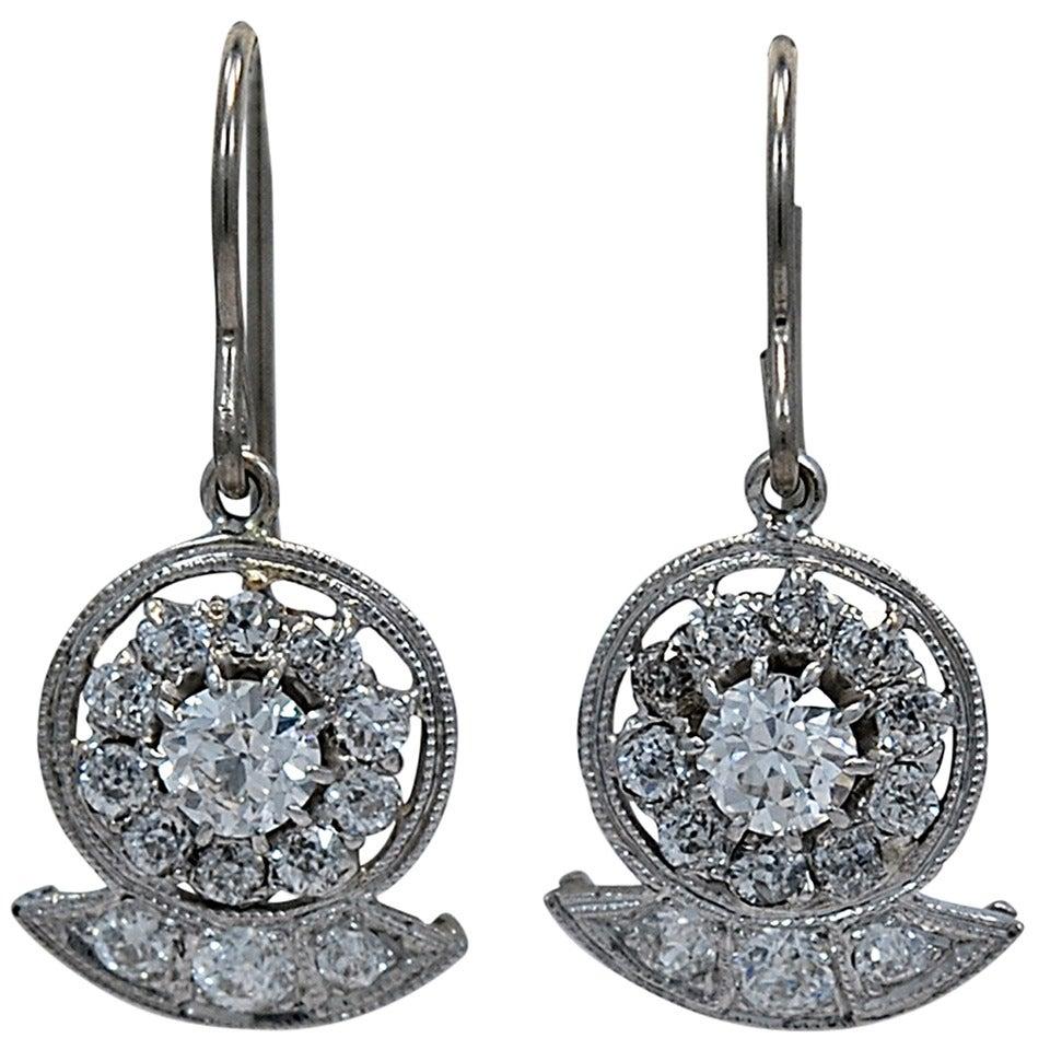 striking art deco diamond platinum dangle earrings at 1stdibs. Black Bedroom Furniture Sets. Home Design Ideas