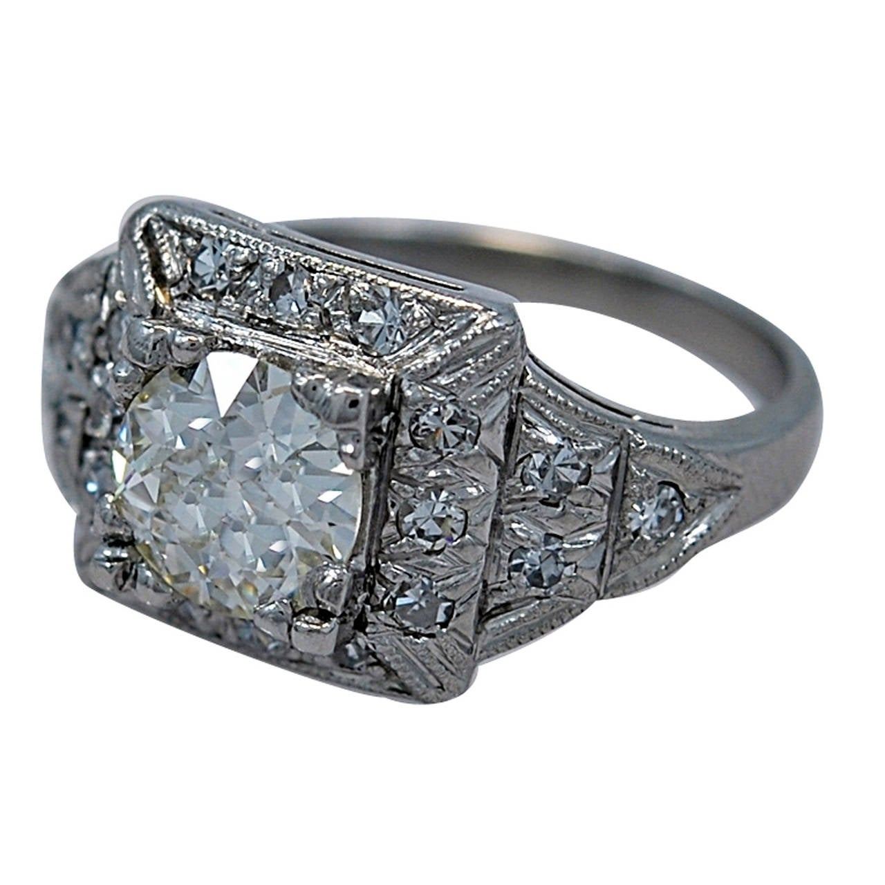 Stunning 1.23ct. Diamond & Platinum Art Deco Engagement Ring