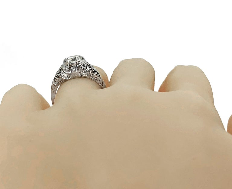 Women's Edwardian .94 Carat Diamond and Platinum Antique Engagement Ring For Sale