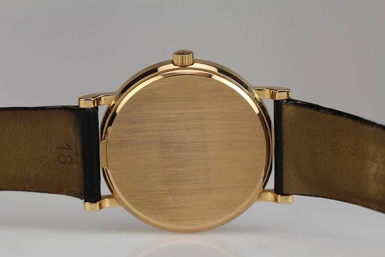 Patek Philippe Rose Gold Calatrava Wristwatch Ref 3802/200R  For Sale 2