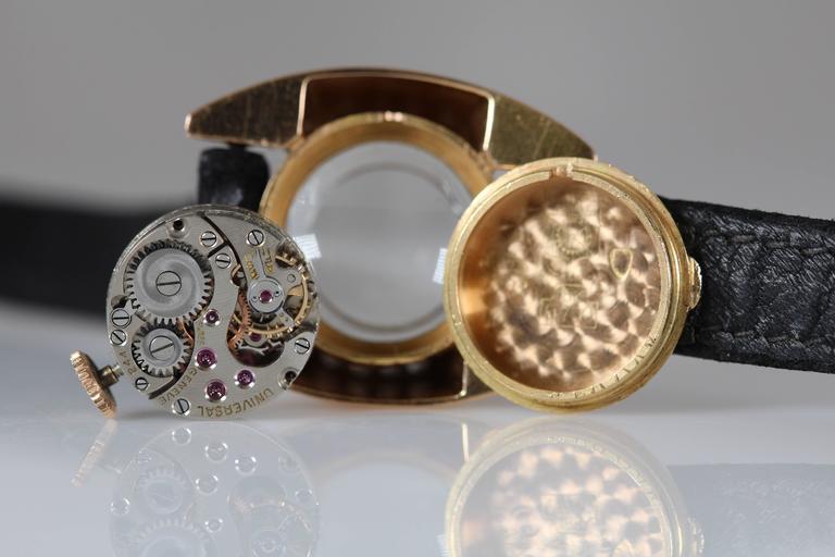 Universal Geneve Ladies Yellow Gold Diamond Wristwatch 9