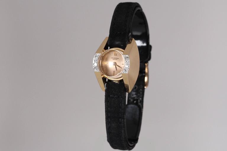 Universal Geneve Ladies Yellow Gold Diamond Wristwatch 2