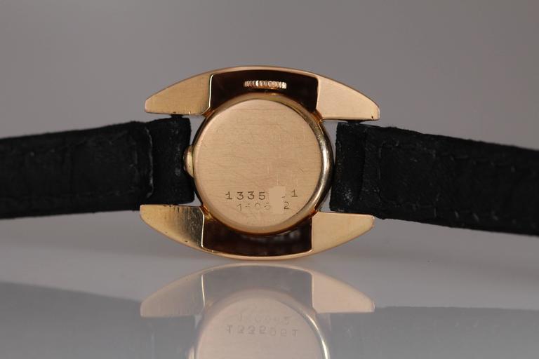 Universal Geneve Ladies Yellow Gold Diamond Wristwatch 10