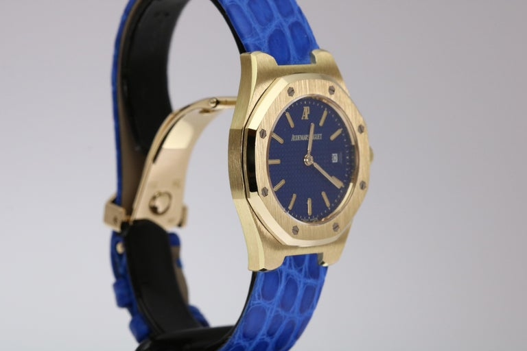Audemars Piguet Ladies Yellow Gold Royal Oak Quartz Wristwatch For Sale 3