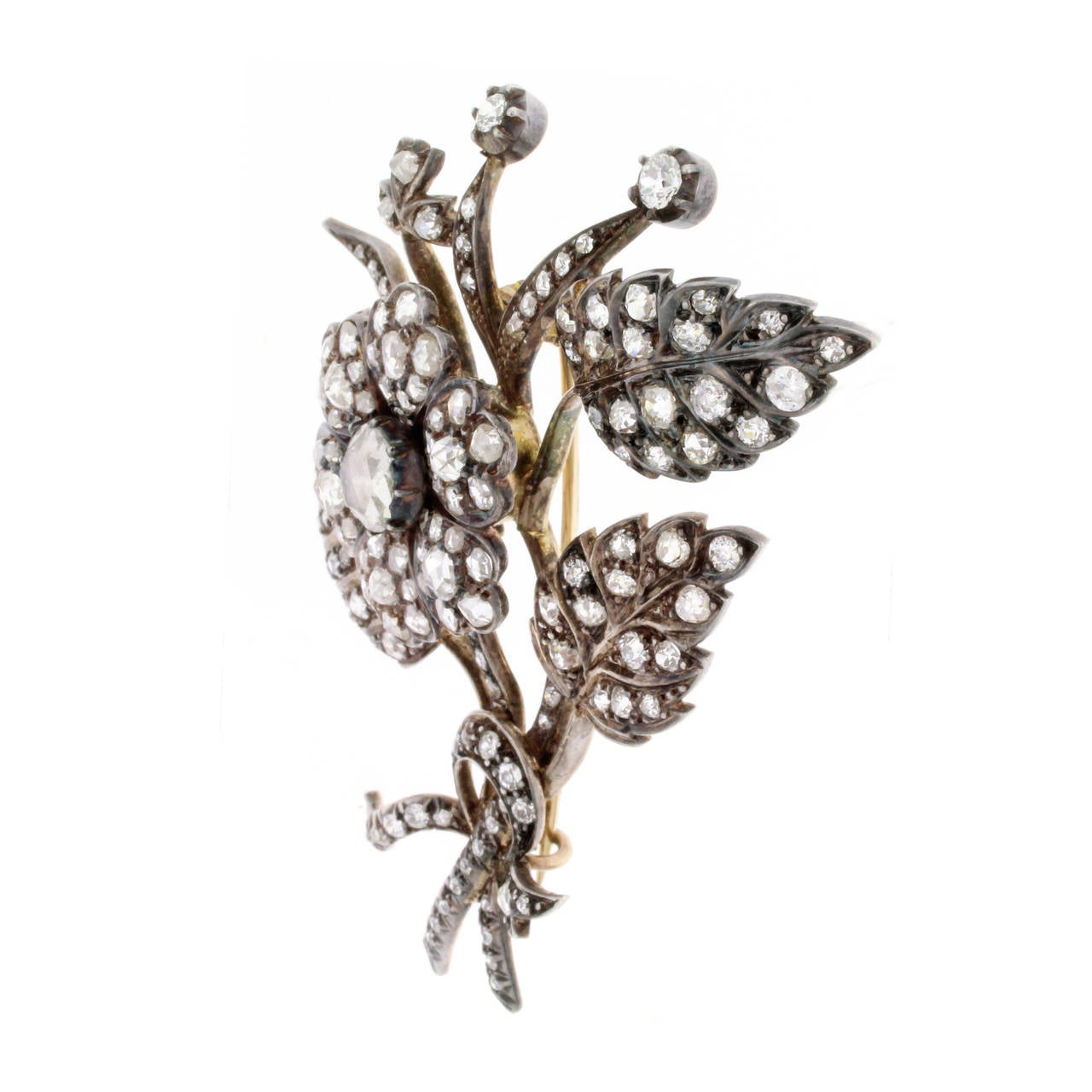 Victorian En Tremblant Diamond Silver Gold Floral Brooch In Good Condition For Sale In Washington, DC