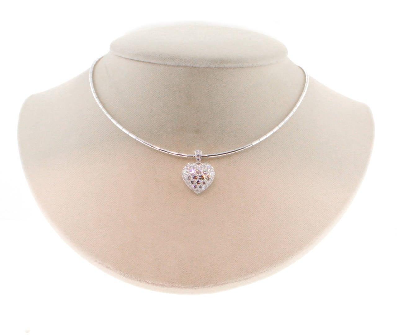 Cartier Puffed Diamond Gold Heart Choker Necklace For Sale 1