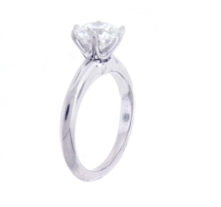 Tiffany & Co. 1.64 Carat Diamond Platinum Engagement Ring In Excellent Condition For Sale In Washington, DC