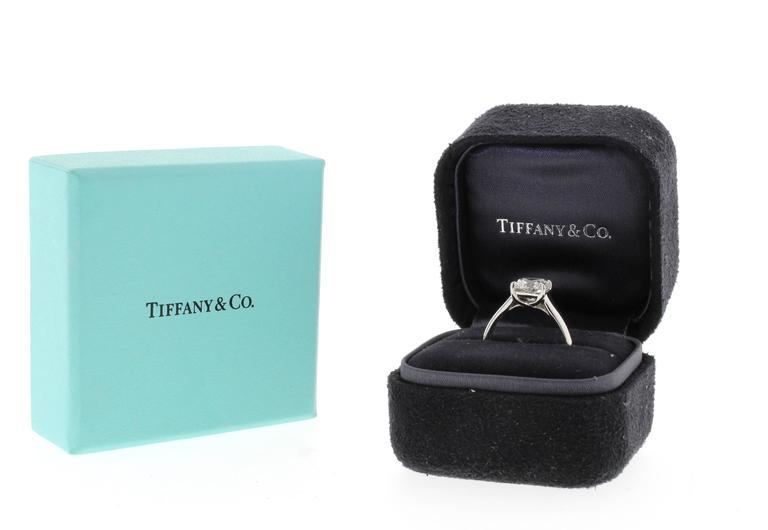 Tiffany & Co. Lucida 2.07 Carat Diamond Platinum Ring For Sale 3