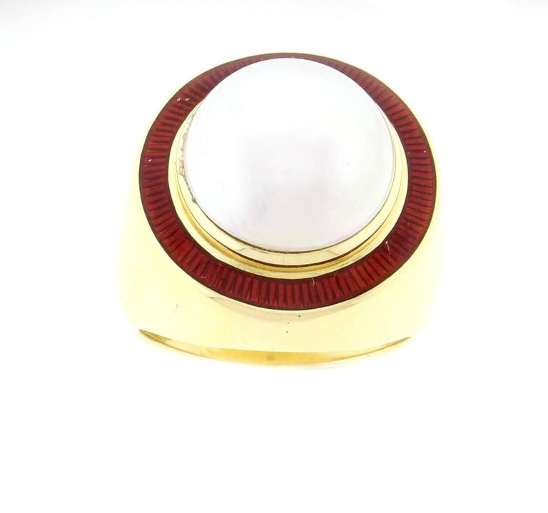 1980s Leo De Vroomen Mabé Pearl Enamel Gold Ring  In Excellent Condition For Sale In Washington, DC