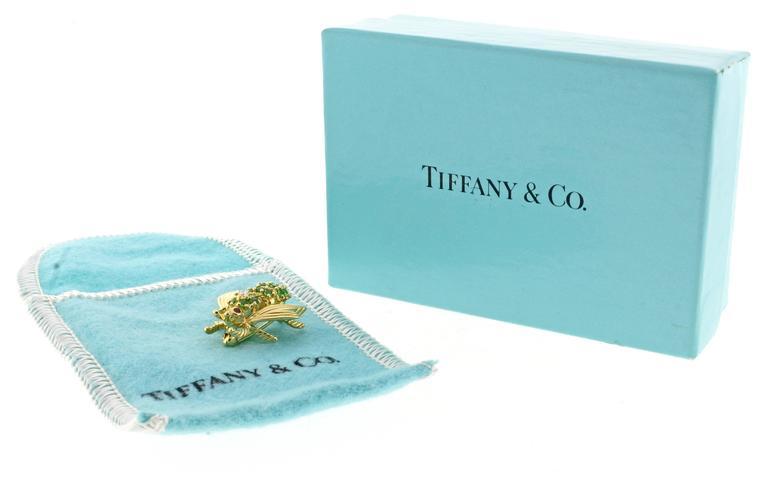 Women's or Men's Tiffany & Co. Tsavorite Diamond Yellow Gold Brooch For Sale
