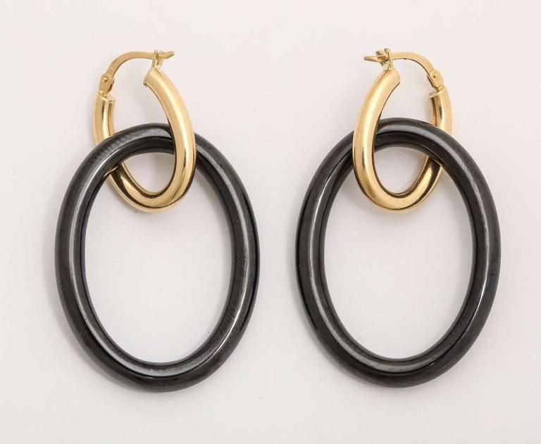 Faraone Mennella Black Ceramic Yellow Gold Mama Earrings In As New Condition For Sale In New York, NY