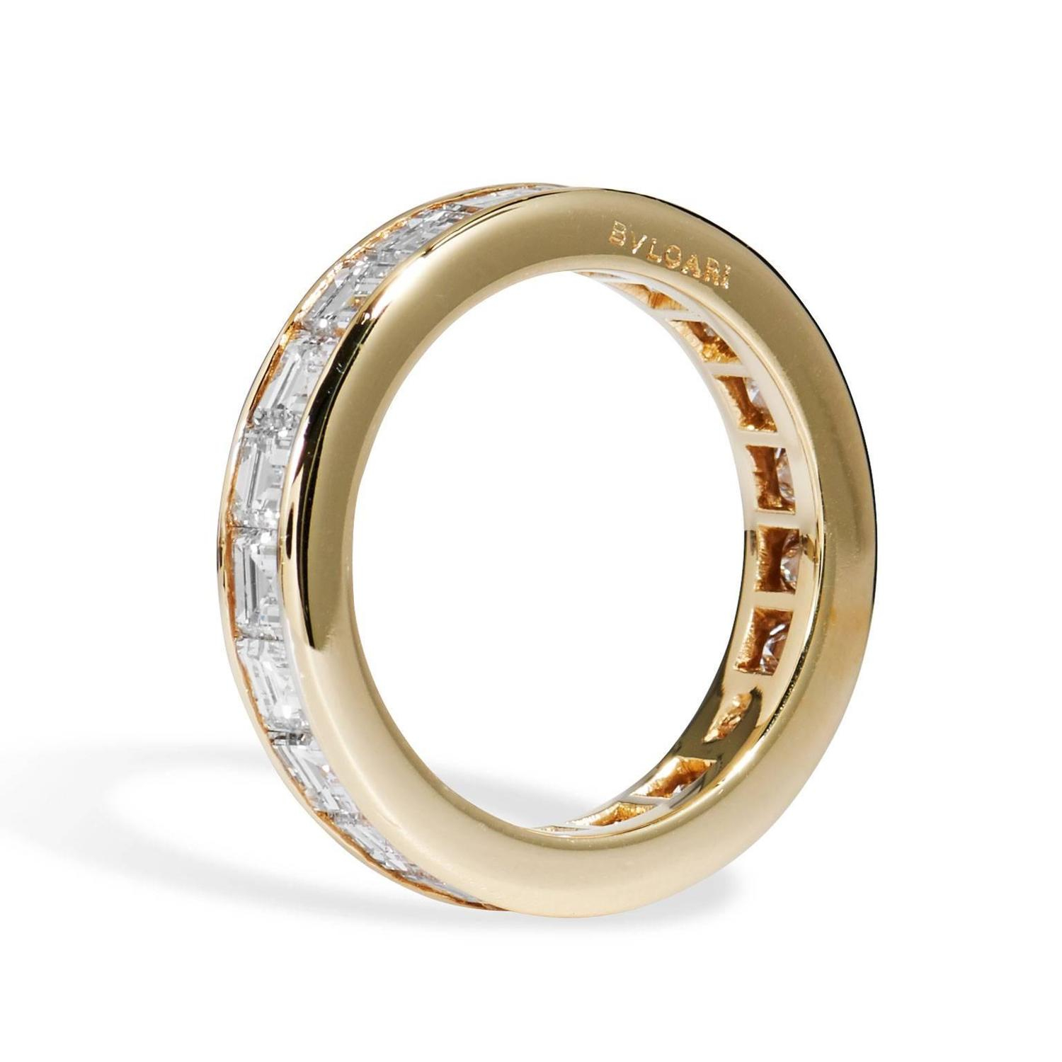 bulgari quot carre quot gold all around wedding band ring