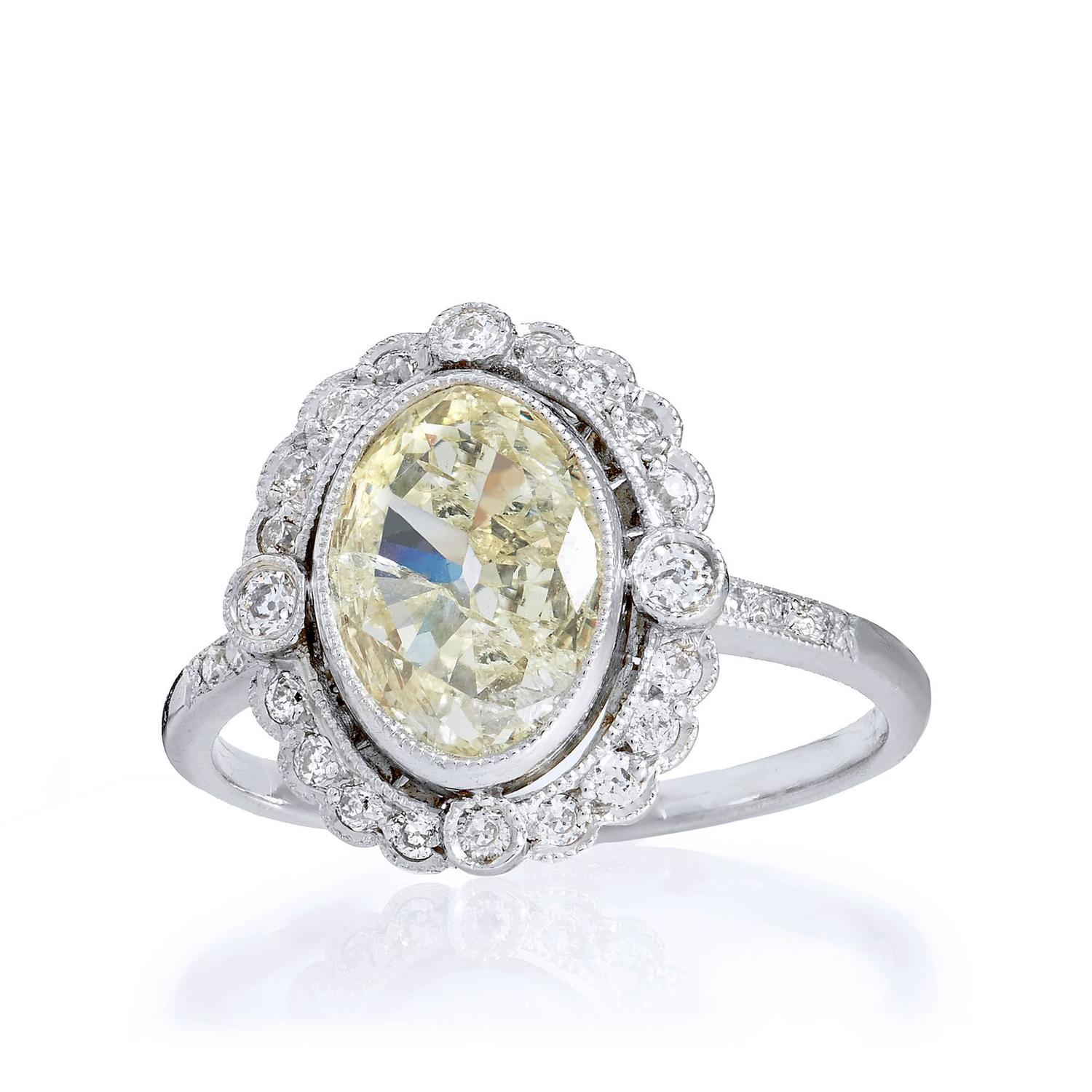 Carat gia cert natural light yellow diamond platinum for 26 carat diamond ring