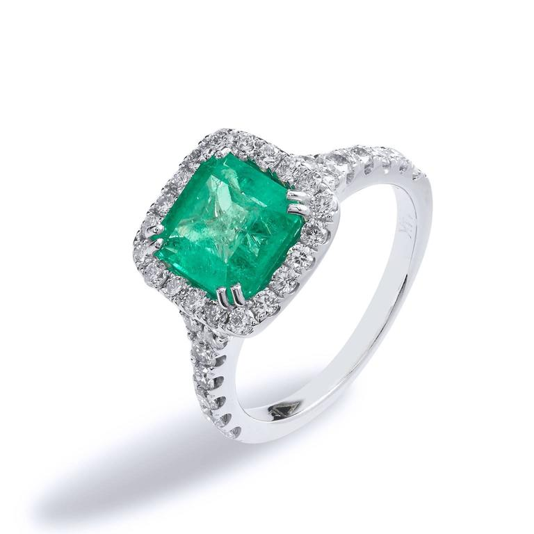 1.92 Carat Colombian Emerald Diamond Gold Cocktail Ring  2
