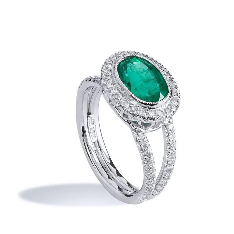 1.84 Carat Zambian Emerald Diamond Palladium Cocktail Ring In Excellent Condition For Sale In Miami, FL