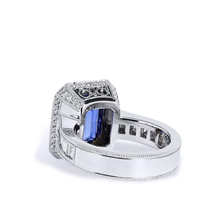 4.91 Carat Tanzanite Diamond Ring In As new Condition For Sale In Miami, FL
