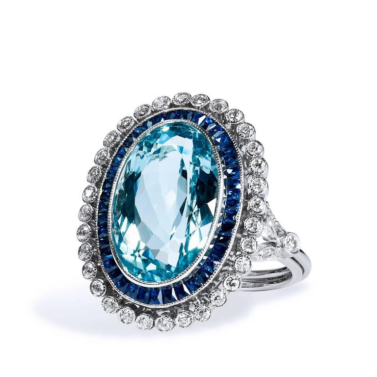 The birth stone of March, the Aquamarine is one of the most lustered gemstones for its sea toned hues. Although loved for its glass-like presentation, Aquamarine is an exceptionally hard gemstone. Crafted in platinum, this ring features an