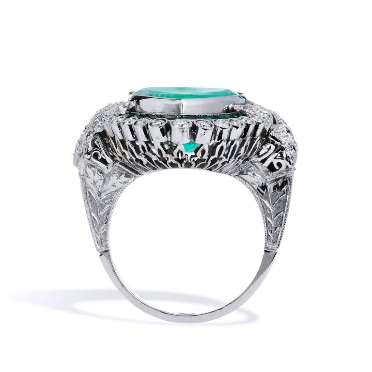 5.87 Carat Heart Shaped Colombian Emerald Diamond Platinum Ring In New Condition For Sale In Miami, FL