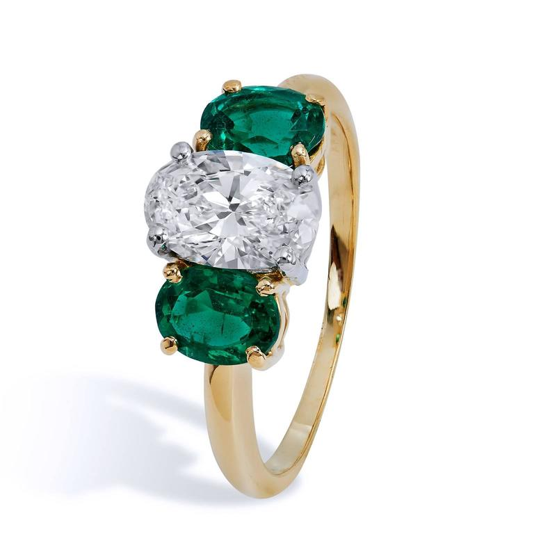Tiffany And Co Three Oval Emerald Diamond Ring At 1stdibs