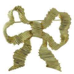 1990s Tiffany & Co. Gold Ribbon Bow Brooch