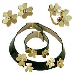 Van Cleef & Arpels Frivole Leather Diamond Gold Jewelry Set