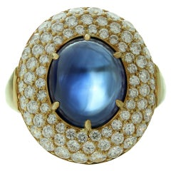 1980s Harry Winston Blue Sapphire Diamond Gold Dome Ring