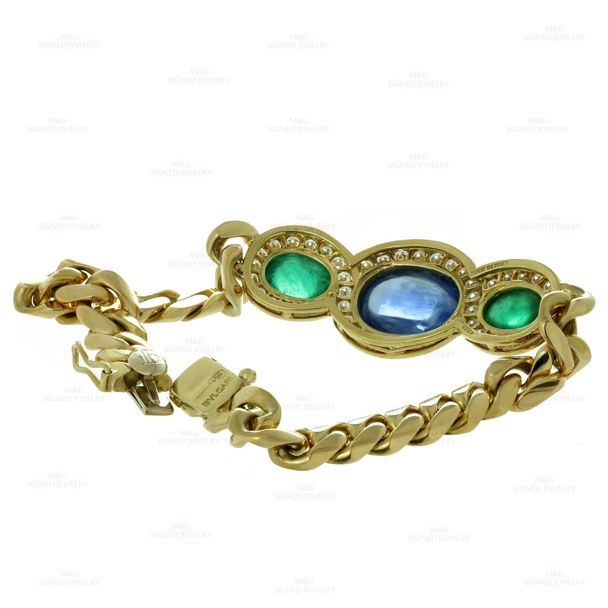 1980s Bulgari Fabulous Sapphire Emerald Diamond Gold Link Bracelet In Good Condition For Sale In New York, NY