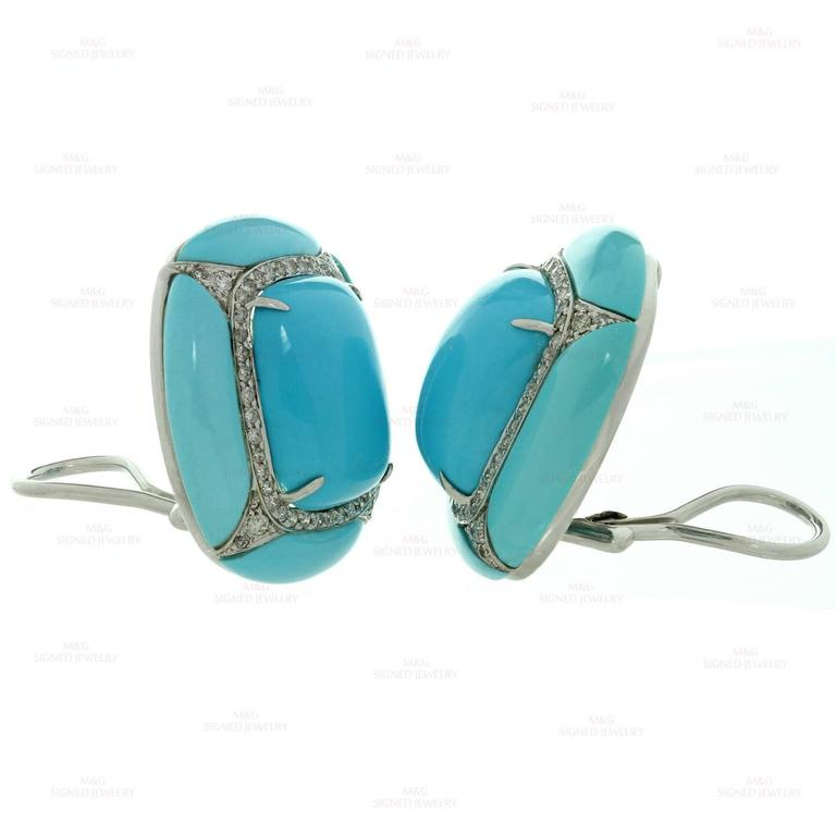 Diamond Turquoise Gold Clip-on Earrings In Excellent Condition For Sale In New York, NY