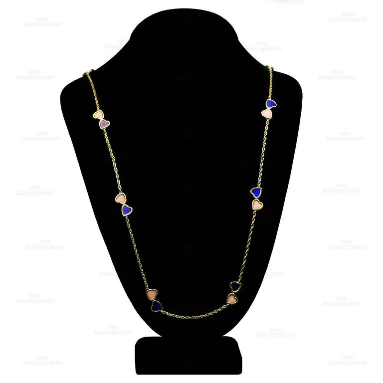 1960s Van Cleef & Arpels Pink Coral Lapis Lazuli Gold Double Hearts Necklace For Sale 1