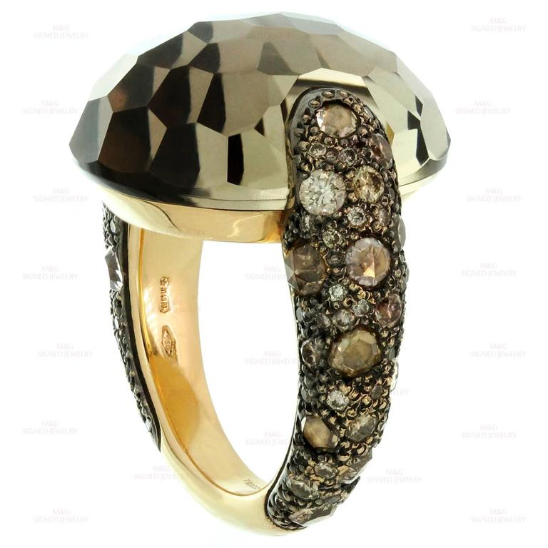 Pomellato Sabbia Smoky Topaz Champagne Diamond Yellow Gold Ring. Sz 6.75 - EU 54 In Excellent Condition For Sale In New York, NY