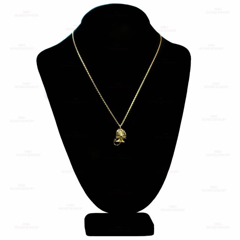 Van Cleef & Arpels Emerald Yellow Gold Lion Pendant Necklace 5