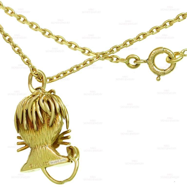 Van Cleef & Arpels Emerald Yellow Gold Lion Pendant Necklace 6