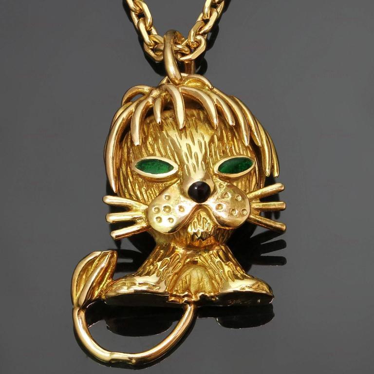 Van Cleef & Arpels Emerald Yellow Gold Lion Pendant Necklace 2