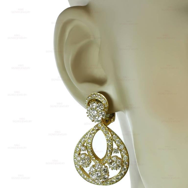 Van Cleef & Arpels Snowflake Diamond Yellow Gold Clip-On Drop Earrings 4
