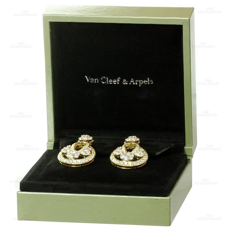Van Cleef & Arpels Snowflake Diamond Yellow Gold Clip-On Drop Earrings 3