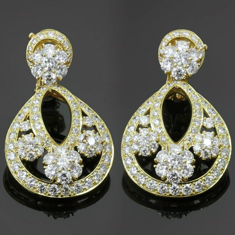 Van Cleef & Arpels Snowflake Diamond Yellow Gold Clip-On Drop Earrings 2