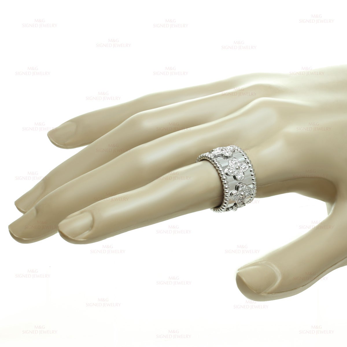 Van Cleef & Arpels Perlee Clover Diamond Gold Band Ring 4