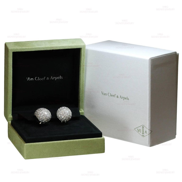 Van Cleef & Arpels Diamond Platinum Earrings In Excellent Condition For Sale In New York, NY