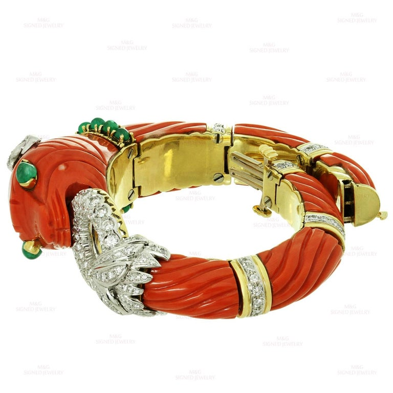 Roberto Legnazzi Natural Carved Coral Diamond Emerald Gold Chimera Bracelet In Excellent Condition For Sale In New York, NY